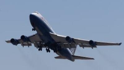 El vuelo viajaba de Casablanca, Marruecos a Montreal, Canadá, la mujer e...