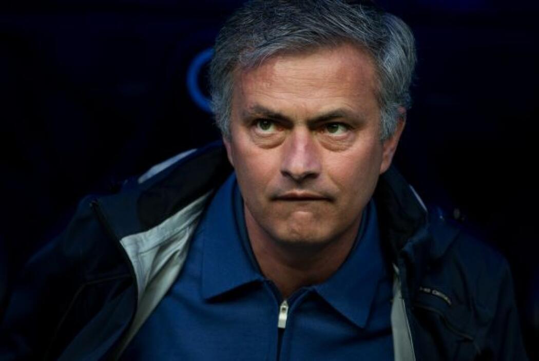 José Mourinho fue sonoramente abucheado en el Bernabéu.
