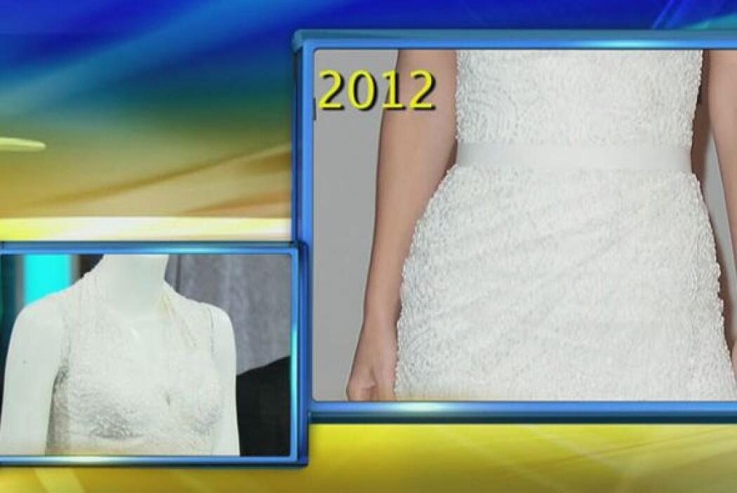 Este vestido, como la mayoría de los que diseña, también fue bordado a m...