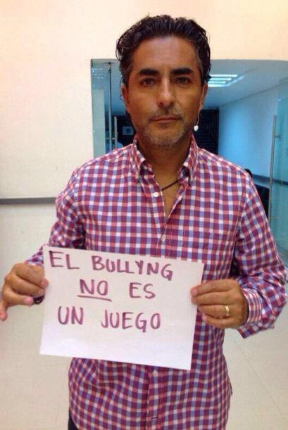 Raúl Araiza Mira aquí los videos más chismosos.