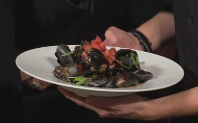 Alan Tacher aprendió a preparar esta deliciosa 'Receta de mejillones al...