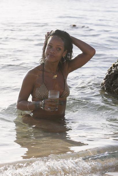 La cantante disfrutó de un chapuzón en el mar. Mira aqu&ia...