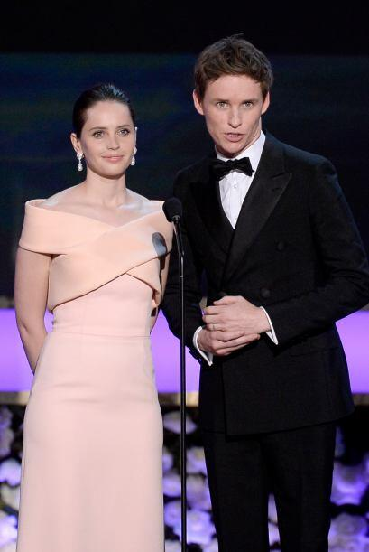 De 'The Theory of Everything', Felicity Jones y Eddie Redmayne.