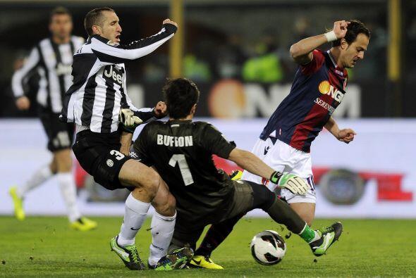 El portero de la Juventus dio cátedra de cómo custodiar un arco en el du...