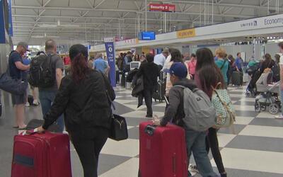 Las medidas de seguridad que han tomado los aeropuertos en Chicago