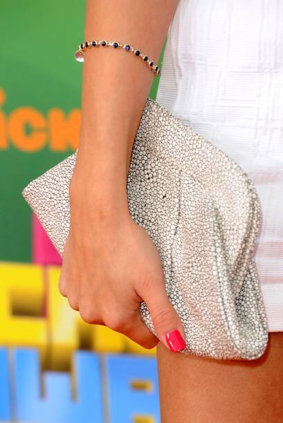 ¿Qué opinan del bolso de Lauren Merkin que lució en los 'Kids Choice Awa...