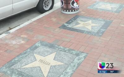 Fanáticos exigen el regreso de la estrella perdida de Juan Gabriel