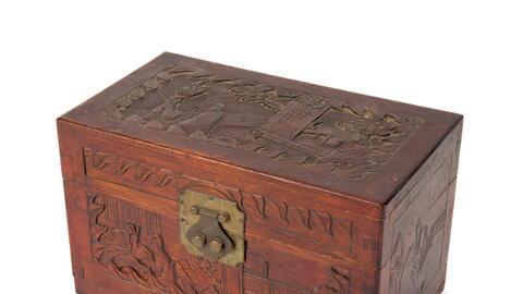 Las cenizas de Truman Capote son guardadas en una caja japonesa de madera.