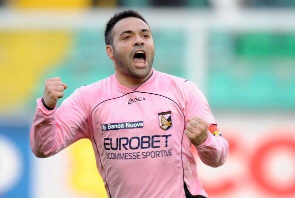 Fabrizio Miccoli abrió el camino para la victoria.