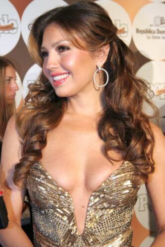 ¿Se tiene que decir mucho para notar que Thalía también es toda una rein...