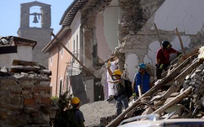 Terremoto en Italia dejó decenas de muertos