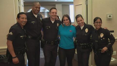 Policía de Los Ángeles quiere encontrar soluciones para las diferencias...