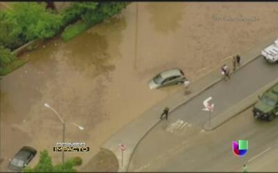 Deslaves e inundaciones por lluvias en el sur de California