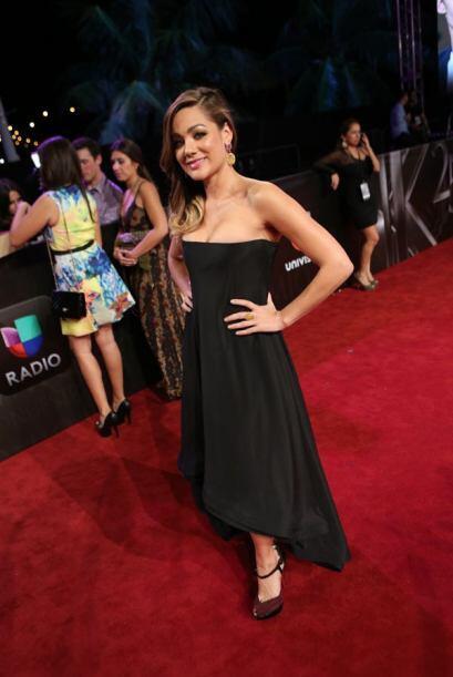Gloria Ordaz de Noticias 23 en Miami muy bella.