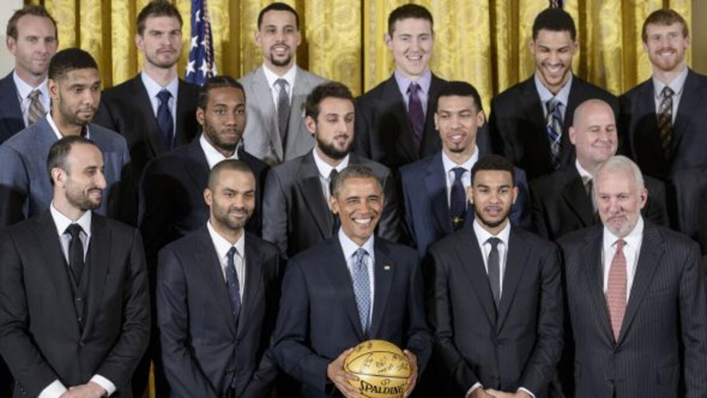 Durante su recibimiento en la Casa Blanca, Obama aseguró que los Spurs e...