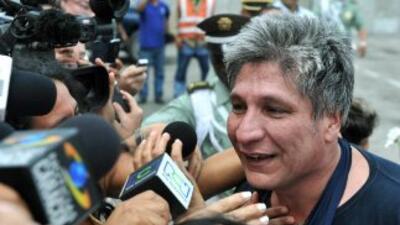 El ex diputado colombiano Sigifredo López fue hospitalizado tras sufrir...