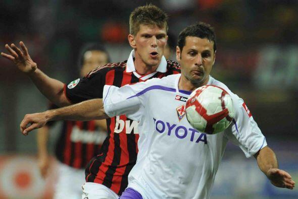 Fiorentina trató de congelar las acciones ofensivas del Milan aprovechan...