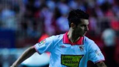 Spahic hizo el gol del triunfo del Sevilla.