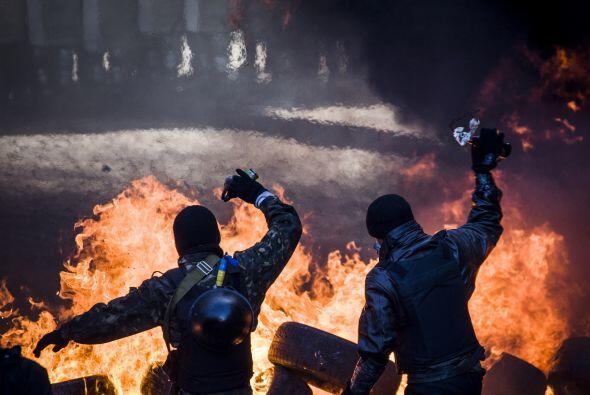 Las protestas van contra el presidente ucraniano, Víktor Yanuk&oa...