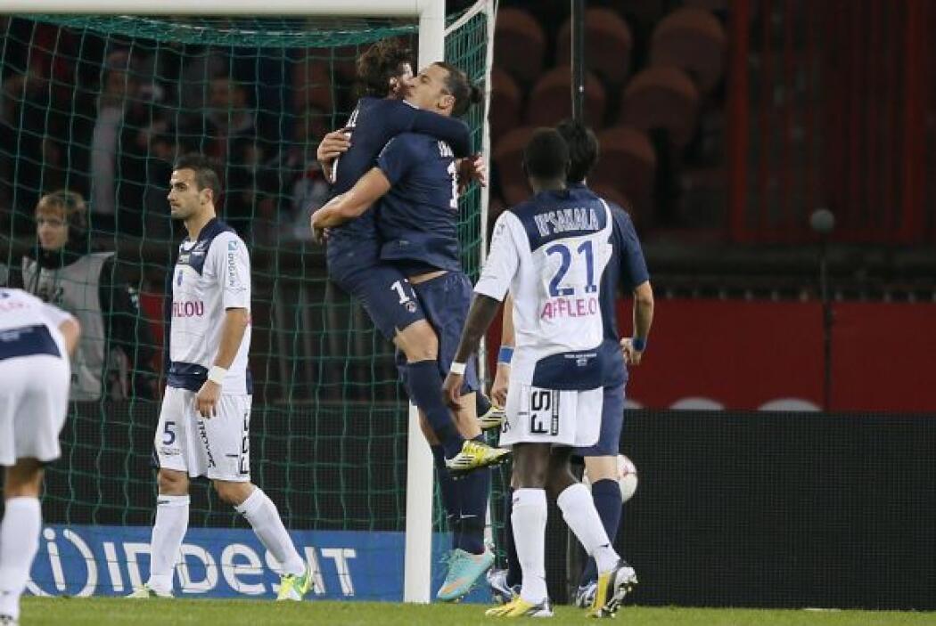 El ex jugador del Barcelona sigue luciendo en la Ligue 1 francesa.