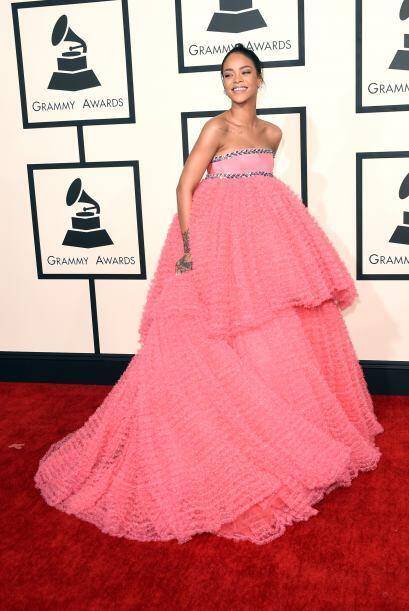 En un concurso de carpas, seguro Rihanna hubiera sido la ganadora. &ique...