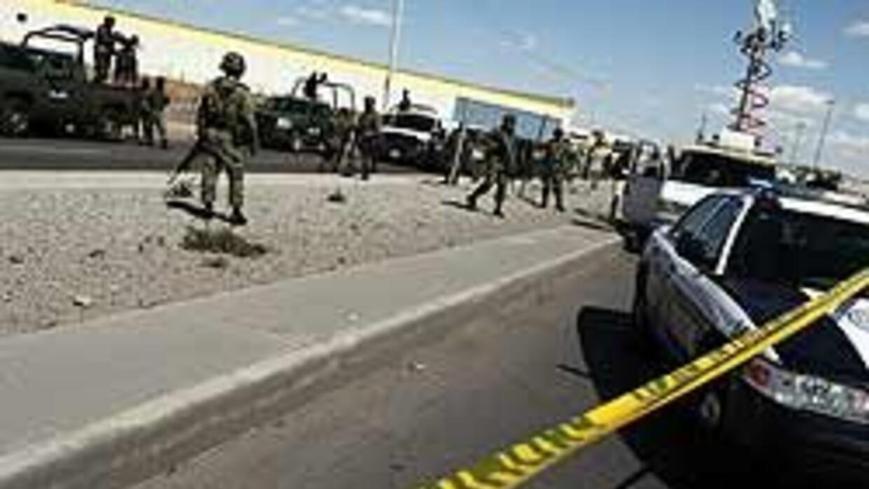 Dos hombres asesinados fueron colgados de un puente 0eea4fe4f1d544659bf6...