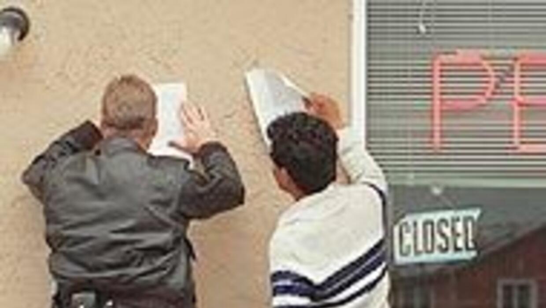 Arizona a un paso de aprobar ley que criminaliza la estadía indocumentad...