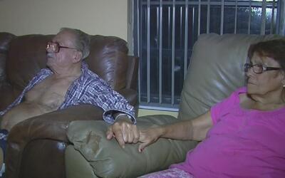 Una pareja mayor de edad se salva de morir tras un tiroteo en el oeste d...
