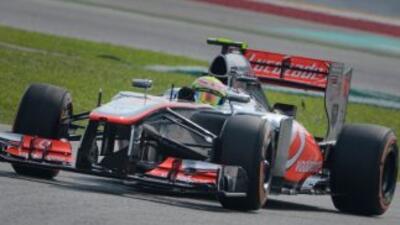 Sergio Pérez dio la vuelta más rápida de Malasia abordo de su McLaren.