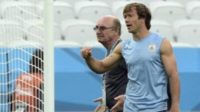 EL defensa uruguayo señaló que admiraba al italiano pero ahora lo ha dec...
