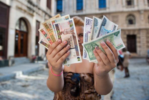 En un país sin cultura fiscal después de que la revolución de 1959 elimi...