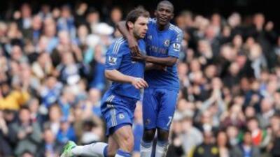 Ivanovic dio la victoria a un Chelsea que inició perdiendo con un autogo...