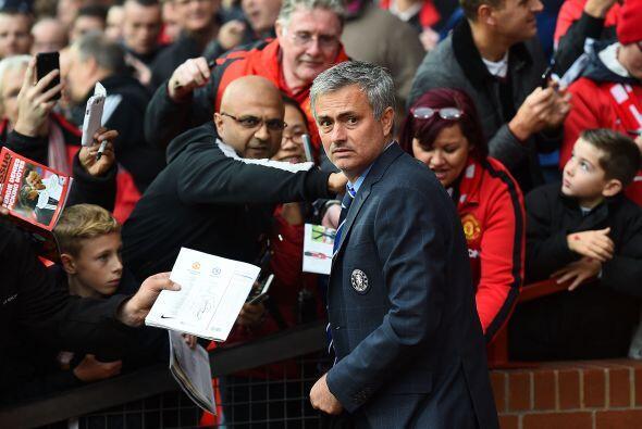 José Mourinho, tan polémico como respetado, fue solicitado por los fanát...