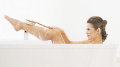 No se trata nada más de ponerse jabón y tallarse, el bañarse correctamen...