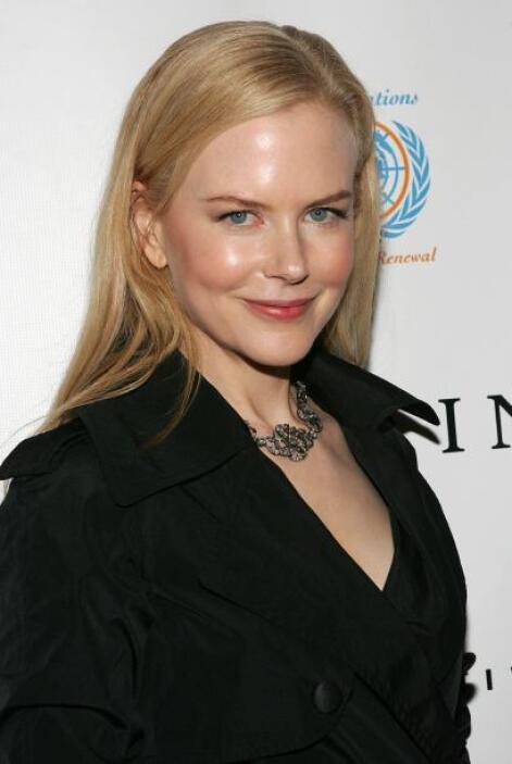 Ahora conozcamos algunas curiosidades de esta bella y elegante actriz.