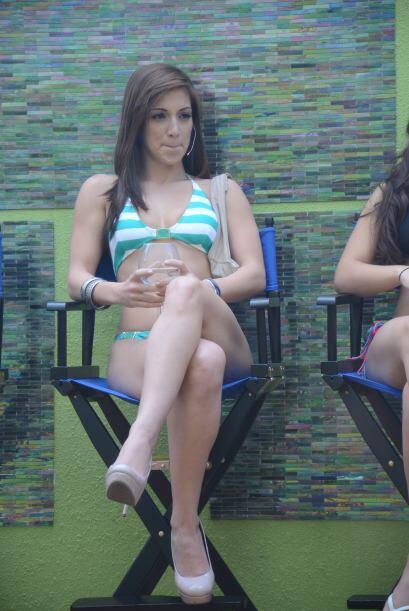 """Para relajar a Alex, Laura se ofreció hacerle un masaje. """"Podemos hacer..."""