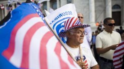 Miles de republicanos puertorriqueños salieron a las urnas para elegir a...
