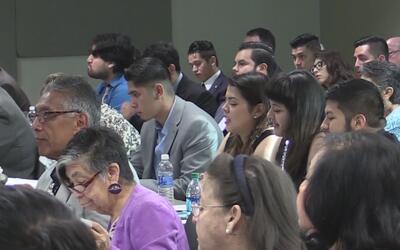 Realizan cumbre latina del Caucus Hispano en San Antonio