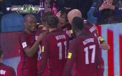 Team USA aprovechó su oportunidad y se fue al descanso con un 3 – 0