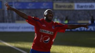Municipal goleó en su cancha por 5-0 al Deportivo Mictlán mientras que s...