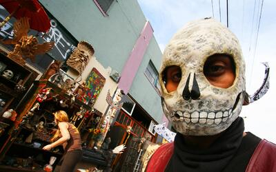 Imágenes de 'Ghost Ship' en Oakland antes del trágico ince...