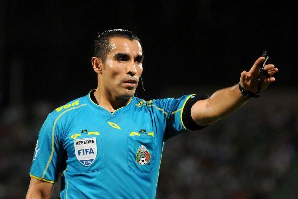 Un ex árbitro, Marco Antonio Rodríguez en algún mom...