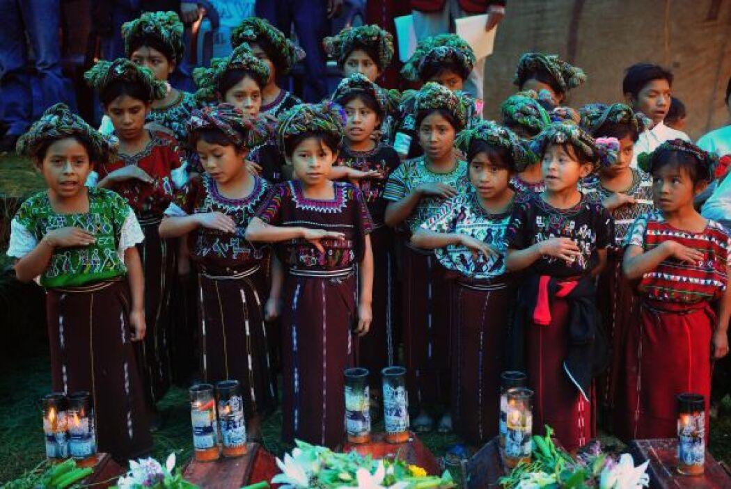 Mientras que en el 2000 Guatemala tenía 11 millones de habitantes, en el...