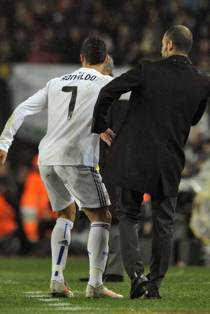 Cristiano le pedía el balón a Guardiola, quien al no d&aac...