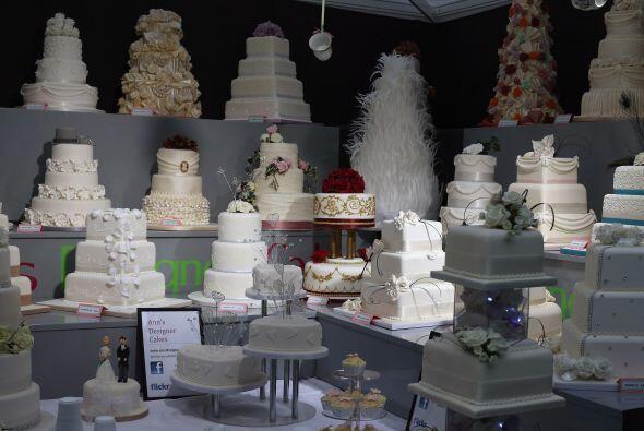 Existe una gran variedad de diseños y sabores de pasteles para es...