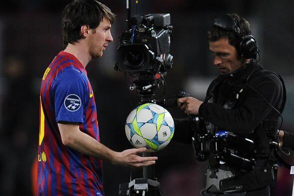 Anoche Messi volvió a retirarse con una sonrisa en la cara, botan...