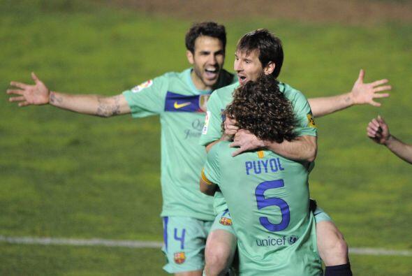 Pero Lionel hiló una gran jugada con Alexis Sánchez para igualar.