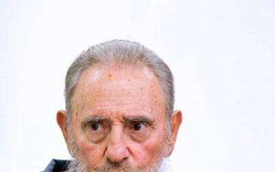 El ex presidente Fidel Castro reapareció en un programa de la televisión...