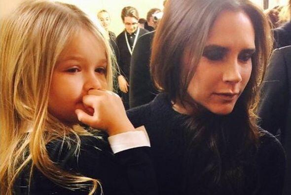 Pero fue la pequeña Harper quien llamó la atención de todos, ya está eno...