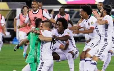 Colombia llega a semifinales de más a menos